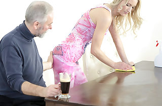 Old heads young guy makes Polina want him badly by deepthroating her tits