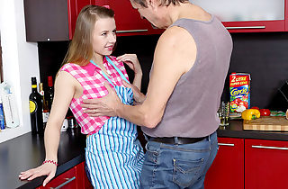 Molten romp in the kitchen between young babe and old man